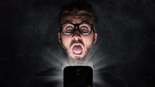Aplikasi WhatsApp ilegal berikut berisiko membahayakan pengguna karena dikembangkan pihak ketiga yang bukan resmi.