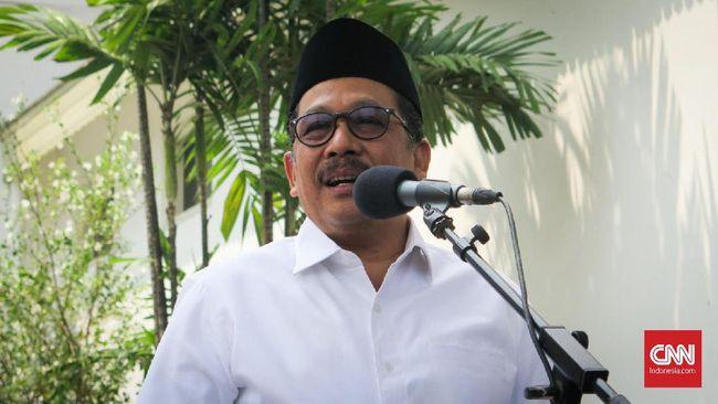 Wakil Menteri Agama Zainut Tauhid Sa'adi meminta semua pihak tidak mengaitkan larangan cadar dan celana cingkrang dengan pembatasan hak privasi individu.