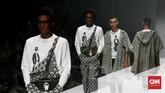 THE FOLIO menampilkan koleksi busana pria dengan karya kolaborasi dari Ai Syarif 1965, Wilsen Willim, XY by Mel Ahyar, SWANK di JFW 2020.