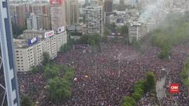 VIDEO: Warga Chile Tuntut Presiden Pinera Mundur