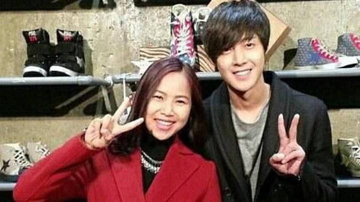 Masih ingat dengan serial drama Playful Kiss? Pasti enggak asing kan dengan wajah pemainnya, Kim Hyun Joon. Yannie pun pernah berkesempatan foto dengan aktor tampan tersebut.