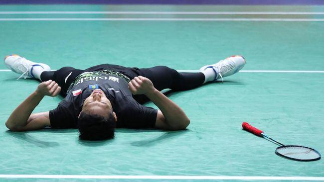 Tunggal putra badminton Indonesia Jonatan Christie dipastikan gagal ke semifinal BWF World Tour Finals 2019.