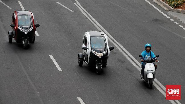 Pemerintah punya pemikiran untuk memanfaatkan bengkel resmi dalam urusan konversi sepeda motor dari mesin pembakaran dalam ke penggerak murni listrik.