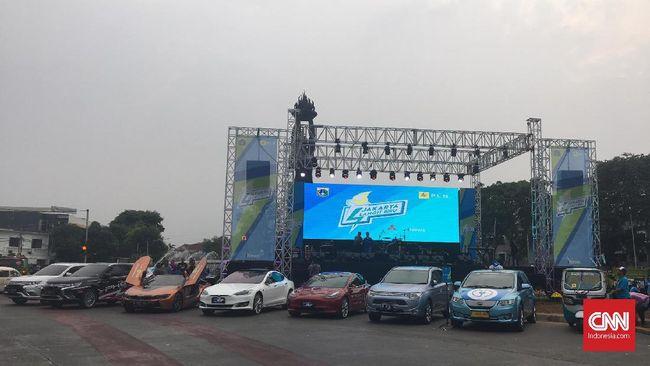 Gubernur DKI Jakarta Anies Baswedan mengatakan kebijakan itu agar kendaraan listrik menjadi murah dan populasinya meningkat.