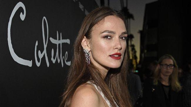 Keira Knightley menyebut ia telah menyepakati perjanjian dengan rumah produksi untuk adegan telanjang dan seksual dalam film 'The Aftermath'.