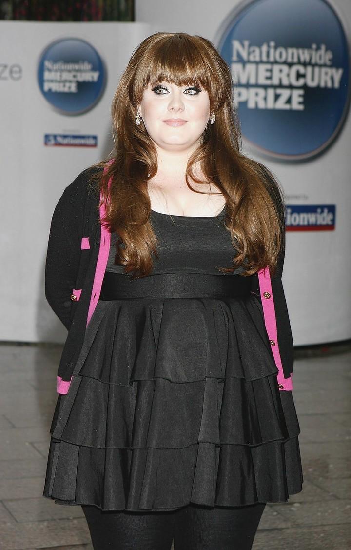 <p>Penyanyi asal Inggris, memulai karier sebagai penyanyi dengan rasa percaya diri yang besar. Bagi Adele saat itu, dia membuat karya dengan suara bukan dengan penampilan fisiknya. Foto ini diambil tahun 2008. (Foto: Not to Love)</p>