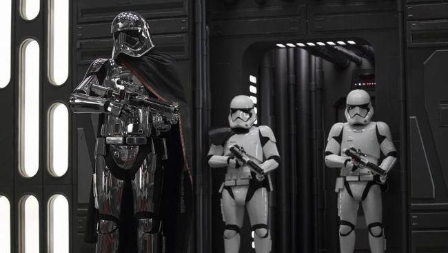 File film sekuel Star Wars yang banyak beredar di situs film ilegal disebut telah disusupi malware.