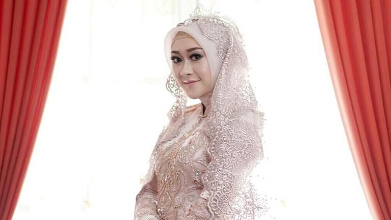 Usai hengkang, wanita asal Malang ini tak terdengar lagi kabarnya di dunia hiburan. Sejak vakum, ia diketahui telah menikah pada 2018.