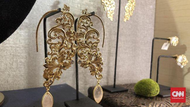 Cara Merawat Kilau Perhiasan Emas Dan Perak