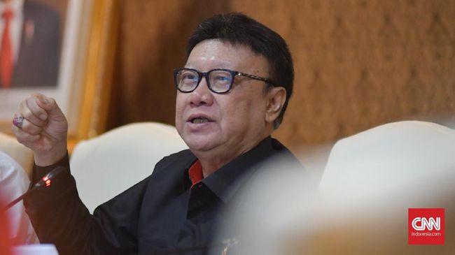 Menpan RB Tjahjo Kumolo menyebut capaian implementasi terkait perizinan dan tata niaga baru 68 persen.