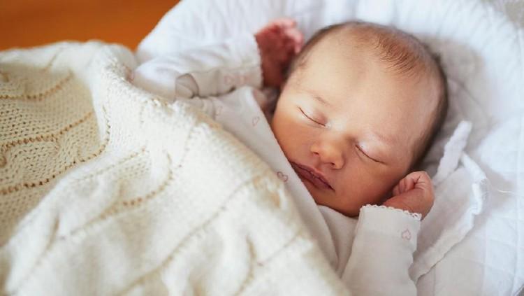 Memberi nama bayi dari bahasa Arab sudah umum dilakukan oleh para orang tua. Lihat referensinya di sini yuk, Bun.
