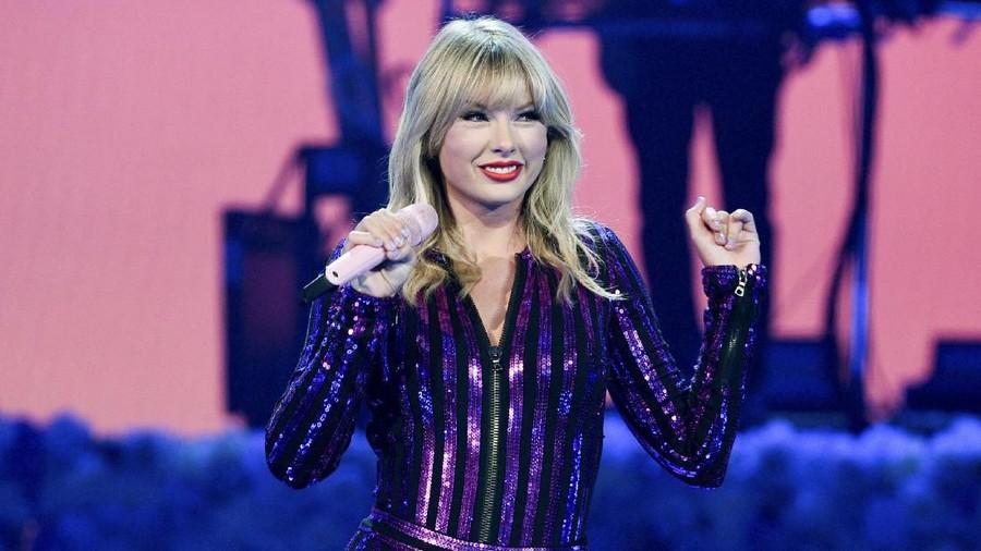 Taylor Swift Menangkan Penghargaan Artis Terbaik di AMA 2019