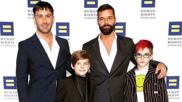Tak jarang, Ricky Martin dan Jwan Yosef mengajak anak-anaknya untuk menghadiri acara bersama.