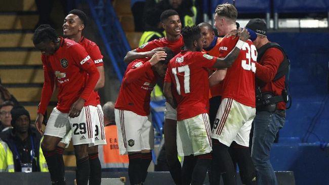 Manchester United harus mengakui keunggulan Astana. Pertandingan melawan si juara Kazakhstan harus berakhir dengan skor 1-2.