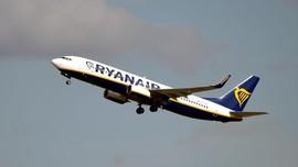 Jet Maskapai Ryanair 'Dibajak' Belarus untuk Tangkap Aktivis