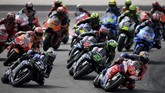 Pebalap Yamaha Maverick Vinales unggul catatan waktu signifikan atas Marc Marquez untuk jadi juara MotoGP Malaysia 2019 di Sirkuit Sepang, Minggu (3/11).