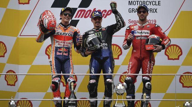 Pihak MotoGP melalui akun Twitter, merespons video balapan-balapan kocak yang tersebar di media sosial.