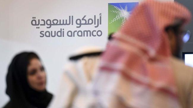 Perusahaan minyak Saudi Aramco meraup laba US$11,79 miliar atau sekitar Rp172,13 triliun pada kuartal III 2020, merosot 44,6 persen dari kuartal III 2019.