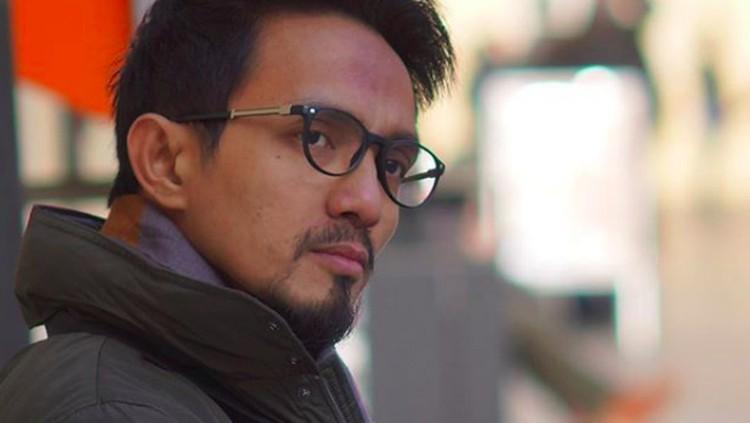 Ricky Zainal, pemilik Ammar TV yang dikaitkan cerbung viral Layangan Putus itu akhirnya buka suara. Ia mengunggah kutipan surat Alquran dan meminta maaf.