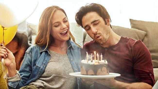 5 Ucapan Selamat Ulang Tahun Puitis Dan Romantis Untuk Suami