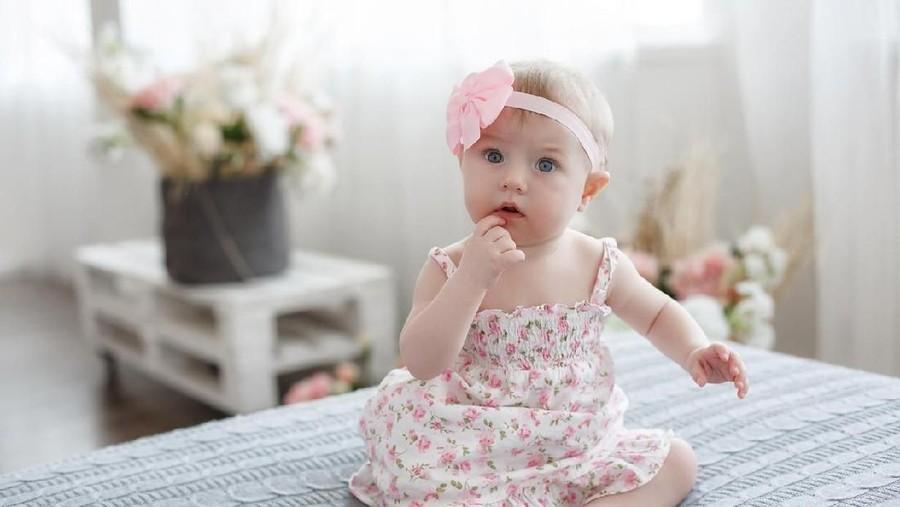 Cantik nan Unik! 30 Nama Bayi Perempuan dari Bahasa Latin