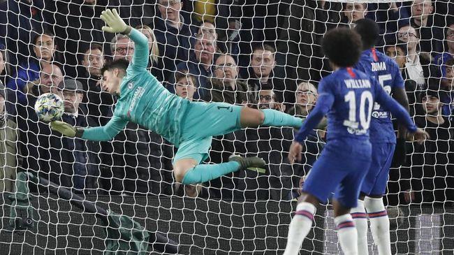 Gol bunuh diri kiper Chelsea, Kepa Arrizabalaga, di laga Liga Champions ramai jadi bahan ejekan netizen di media sosial.
