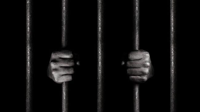 Sejumlah napi LP Buriram, Thailand, kabur dalam kerusuhan yang dipicu provokasi ancaman wabah virus corona di dalam penjara.