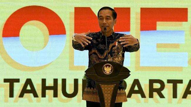 Presiden Jokowi membantah Istana turut memberikan arahan terkait bursa pemilihan Ketua Umum Golkar.
