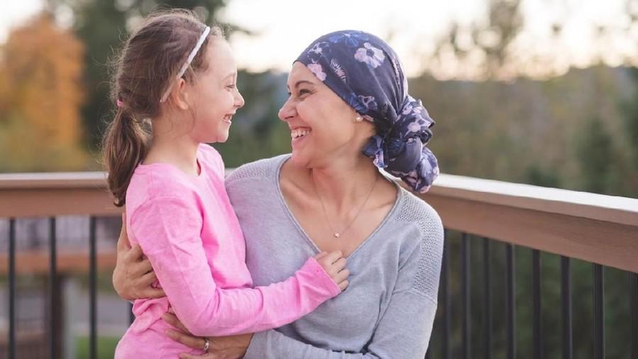 Bikin Nangis, Reaksi Anak Lihat Aku Botak karena Kemoterapi