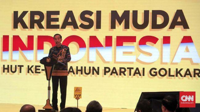 Saat hadir di HUT ke-55 Golkar, Jokowi menyebut parpol tersebut sebagai tulang punggung pemerintahannya saat ini.