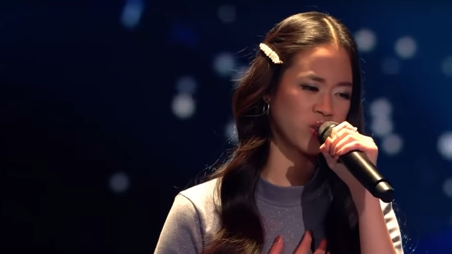 Wow! Claudia Emmanuela Bikin Juri The Voice Jerman Standing Ovation