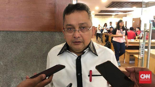 Anggota Komisi III DPR RI, Trimedya Panjaitan, meminta Kejaksaan Agung memanggil orang-orang lama di OJK saat masih bernama Bapepam-LK terkait kasus Jiwasraya.