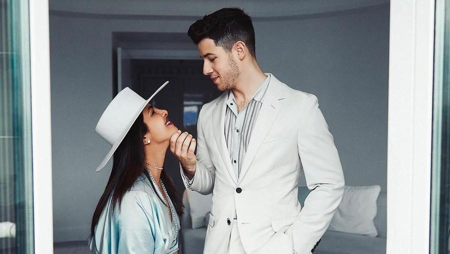 Priyanka Chopra Suka Penampilan Nick Jonas Berkumis