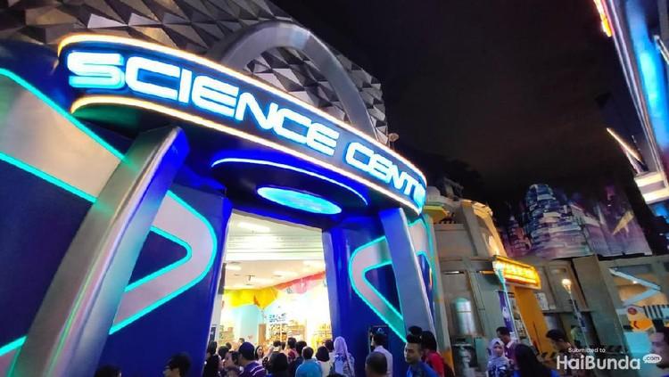 Bunda, yuk ajak anak jatuh cinta dengan sains bareng Trans Studio Mall Cibubur.
