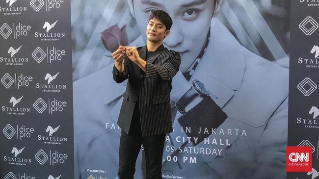 Aktor Sung Hoon ingin mencoba hal-hal baru dalam berakting di masa mendatang, seperti genre yang lebih serius dari komedi romantis.