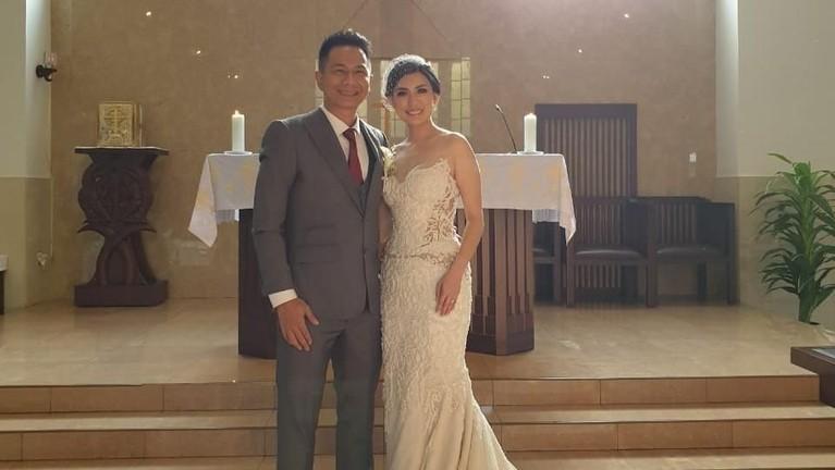 Delon dan Aida menikah secara tertutup. Sebelumnya Delon memang menginginkan pernikahan keduanya itu hanya dihadiri oleh keluarga dan kerabat dekat saja.