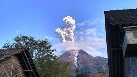 3 Gunung Erupsi, 69 Gunung Api Aktif di RI Dalam Pantauan