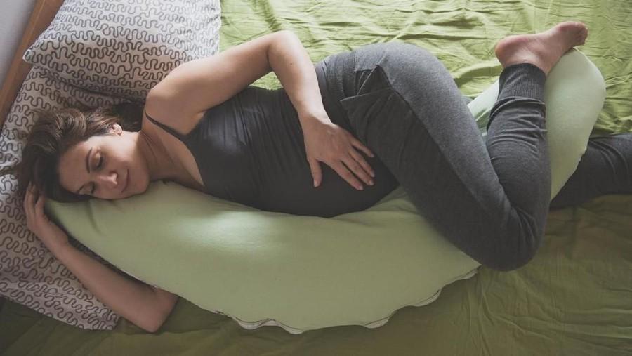 3 Jenis Bantal Hamil, Bisa Bikin Bunda Tidur Nyenyak