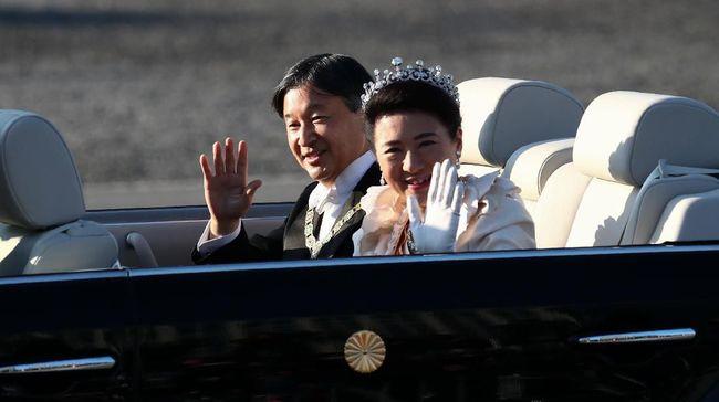 Kaisar Jepang, Naruhito akan menuntaskan ritual upacara penobatan. Dia akan memasuki sebuah ruangan kayu untuk menghabiskan malam bersama Dewi Matahari.