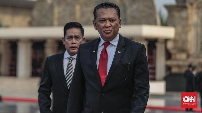 Ketua MPR Bambang Soesatyo menyebut sudah saatnya pemerintah mengerahkan empat matra dari TNI dan Polri untuk menumpas habis KKB di Papua.