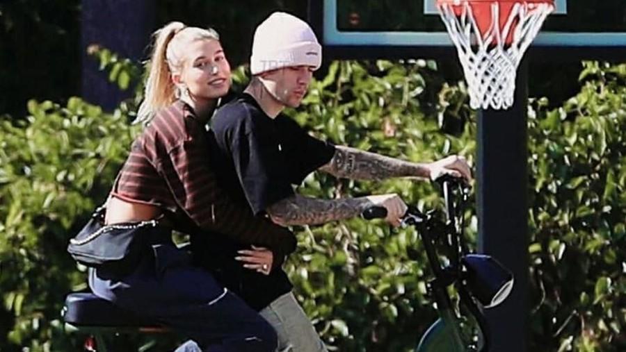 Layaknya Tom Cruise di Film Top Gun, Justin Bieber Ajak Istri Keliling Naik Sepeda
