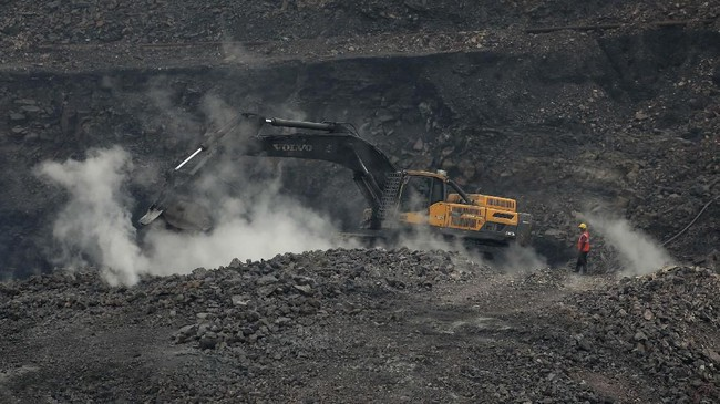 Melihat Porsi Batu Bara PLN di Tengah Isu Pemadaman Listrik