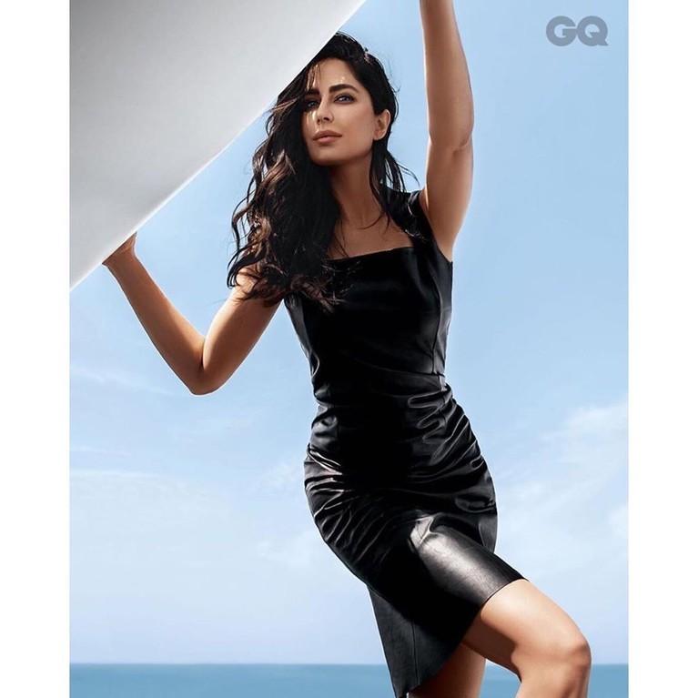 Katrina yang kini berusia 36 tetap terlihat bugar dan segar karena rajin berolahraga.