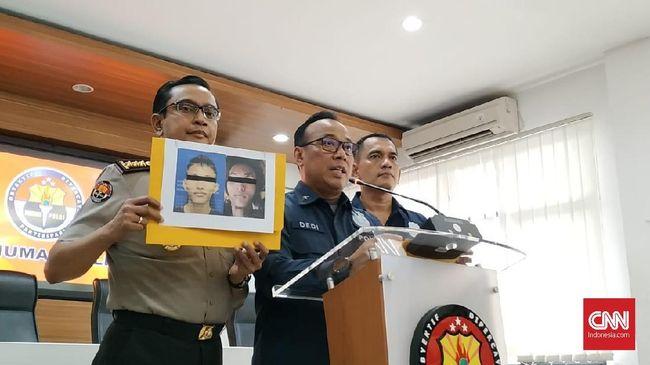 Polisi menduga pelaku bom bunuh diri di Mapolrestabes Medan berinisial RMN terpapar radikalisme dari istrinya, DA.