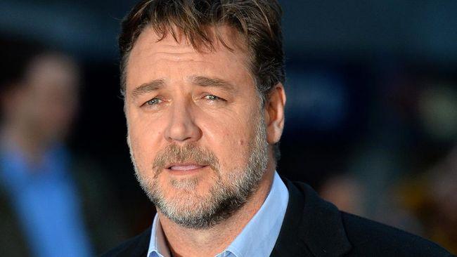 Aktor Russel Crowe berencana untuk membangun sebuah studio film di pesisir timur Australia.