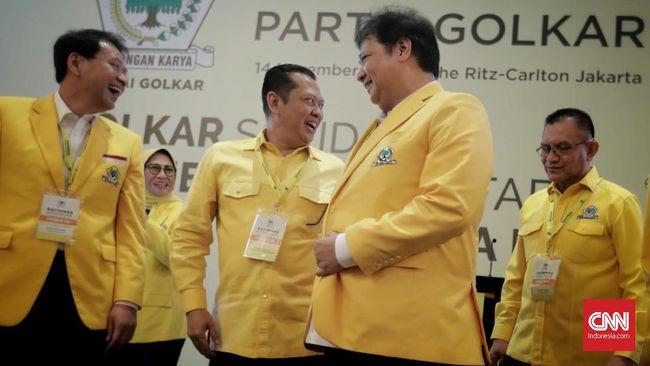 Para penantang Airlangga Hartarto mempersoalkan syarat bakal caketum Golkar harus memperoleh dukungan 30 persen dari pemegang hak suara.