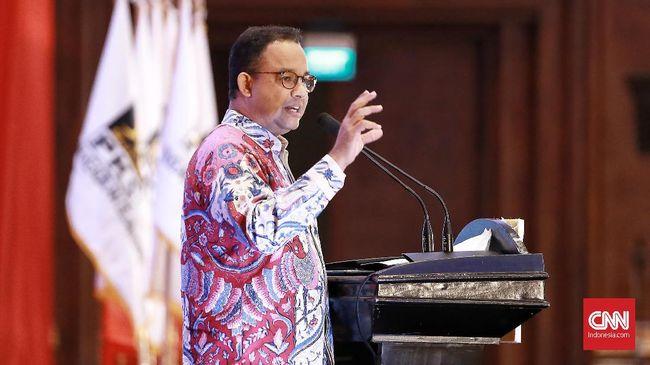 Gubernur DKI Jakarta Anies Baswedan berharap santri bisa menjadi contoh bagi masyarakat dalam mematuhi protokol kesehatan.