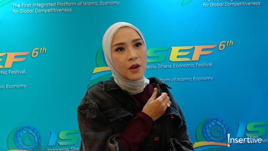 Bisnis Fashion, Pelarian Zaskia Mecca dari Layar Lebar