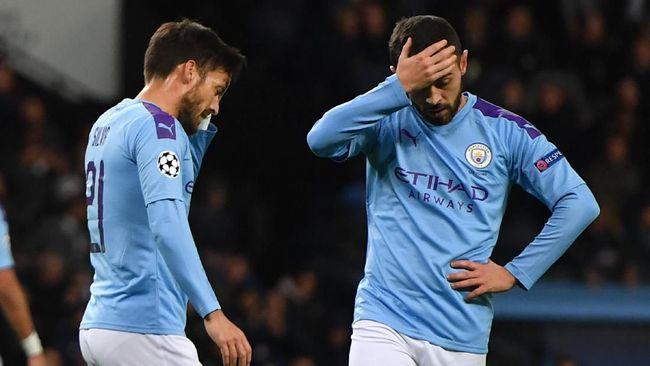 Sedikitnya lima pemain bintang kemungkinan meninggalkan Man City usai klub itu terkena sanksi oleh UEFA.