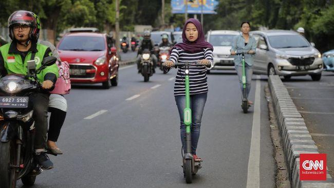 Kecepatan maksimal 25 Kpj ini meliputi skuter listrik, sepeda listrik, hoverboard, sepeda roda satu (Unicycle), dan otopet.
